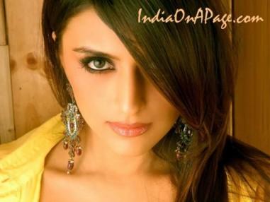 Aarti Chhabria cute