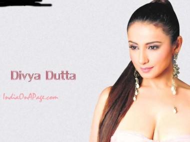 Divya Dutta  hot