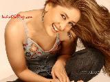 Kareena Kapoor pretty