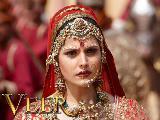 Zarine Khan sexy